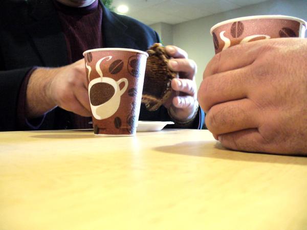 Minder koffie op het werk: 5 tips voor werkgevers